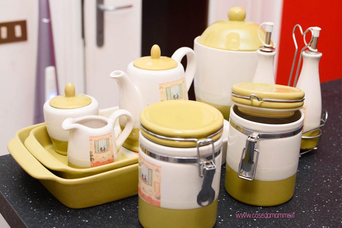 30 giorni di decluttering giorno 3 utensili cucina for Cose in regalo usato