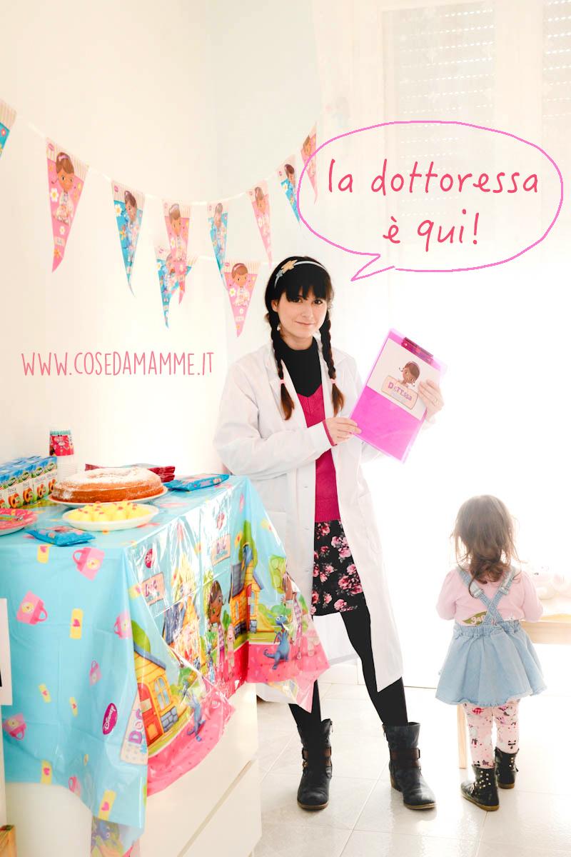 laboratorio dottoressa peluche fumetto 01